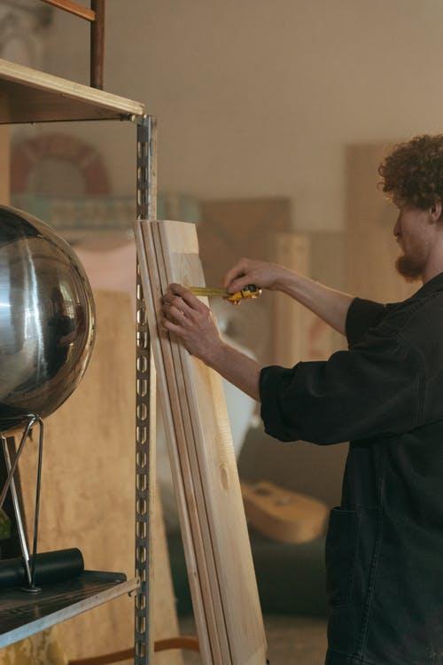 Eichenbretter bei Holzhandelonline.de >>